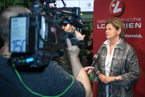 Fr. Mag. Bettina Glatz-Kremsner Vorstandsdirektorin Österreichische Lotterien