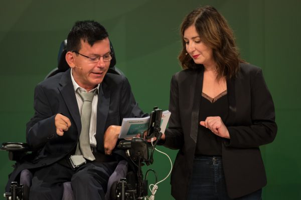 Moderation: Selbstvertreter Klaus Brunner (l) ORF-Moderatorin Ani Gülgün-Mayr (r)