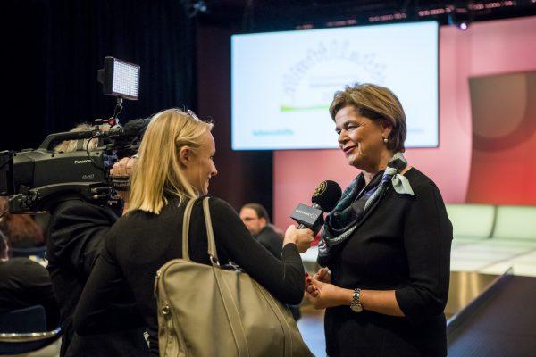 Mag. Bettina Glatz-Kremsner (Österreichische Lotterien) im Interview