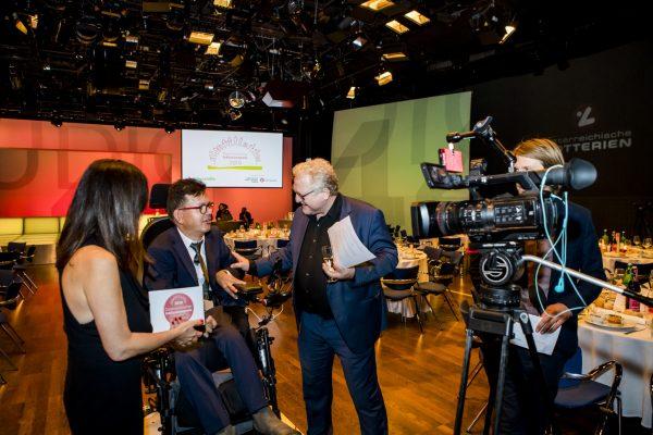 Moderatoren mit Albert Brandstätter im interview